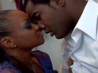 Sinnamon láska fajčenie chudá Ázijské porno trubice