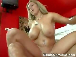 Amy Reid porr röret